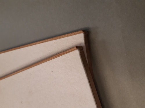 Pressing boards with joint former